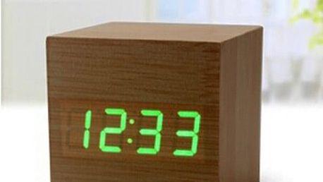Dřevěné USB hodiny s budíkem akce
