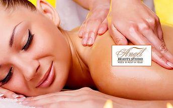 Masáž dle výběru v délce 60 minut - výběr ze 6 druhů masáží u metra B Národní třída