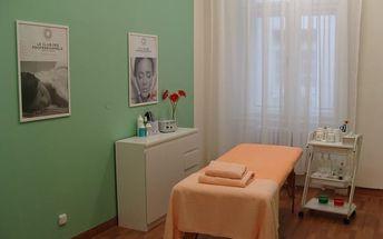 Aroma relaxační olejová masáž - 1 nebo 5 masáží na 60 minut v centru Prahy