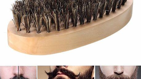Kartáč na vousy z kančích štětin