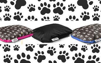 Vysoce kvalitní psí pelíšek s doručením zdarma. Na výběr ze 3 velikostí.
