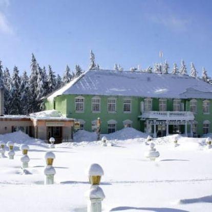 Krušné hory, 3-5 dní pro dva: polopenze, kulečník, sleva na permici do Ski areálu Klínovec