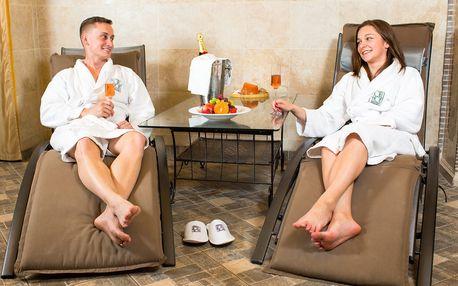 Parní a římská lázeň (vířivka) na 120 minut pro 2 osoby + pohoštění, 5* Hotel Hoffmeister