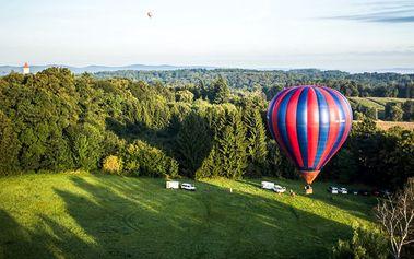 60minutový vyhlídkový let v horkovzdušném balonu pro 1 nebo 2 osoby, s platností až do 30. 8. 2017