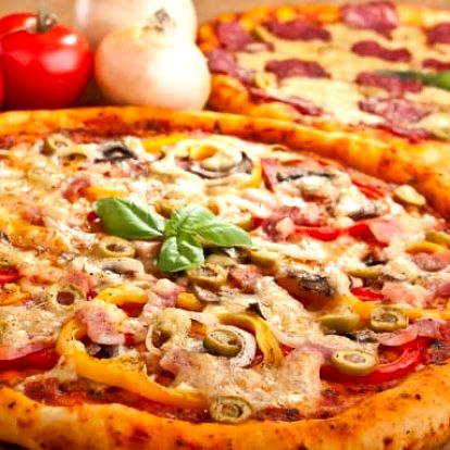 2x pizza a 2 hodiny hraní kulečníku nebo šipek s možností trenéra v Billiard clubu v Plzni