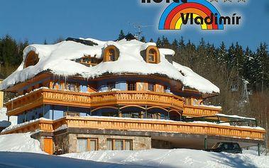 Lyžařský pobyt pro dva na 3 dny v Hotelu Vladimír, poloepnze, džbánek vína a infrasauna.