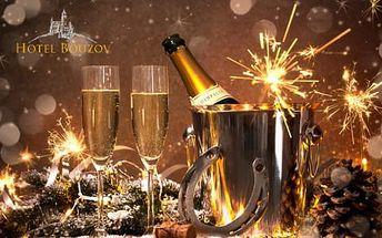 Silvestr pro 2 osoby v podhradí Bouzova s programem, bohatým rautem a ohňostrojem