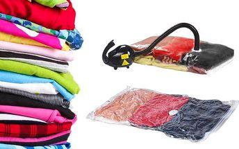 5 odolných vakuových pytlů o rozměrech 60x50 cm pro snadné uskladnění prádla