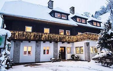 Zimní dovolená pro 2 s polopenzí v Alpách