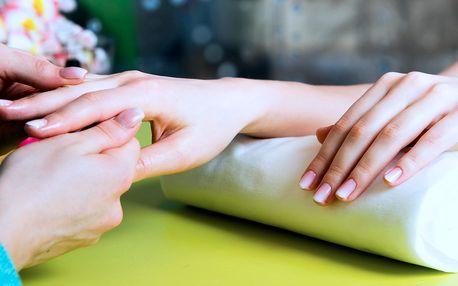 SPA manikúra včetně masáže rukou
