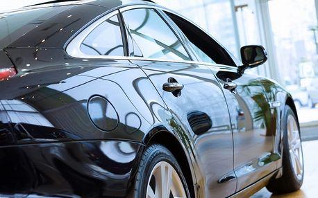 Voskování + čištění karoserie vozu párou, ošetření venkovních plastů a leštění skel