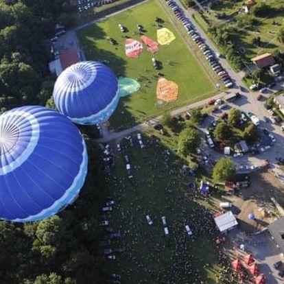 Hodinový let balónem až pro 24 pasažérů se stevardkou na palubě, lokalita - celá ČR