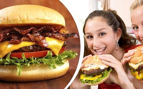 200 g burger, výběr ze sedmi druhů, 400 g hranolek + cola cola v restauraci Citadela v Ostravě. Pochutnejte si na výtečném burgeru třeba i s kamarády či s rodinou a zajděte do příjemné restaurace Citadela.