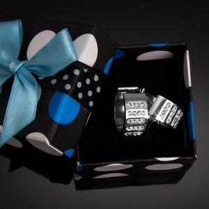 Fashion Icon Náušnice kroužky s krystalky v řadách chirurgická ocel