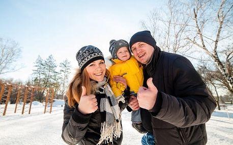 Rodinná zimní dovolená v Jizerských horách v hlavní sezoně. 1 dítě a 1 den navíc zdarma!