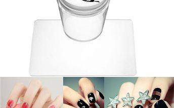 Silikonové razítko se škrabkou pro nail art dekorace