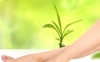 Příjemná detoxikační lázeň pro Vaše nohy. Detoxikační vířivka nohou.