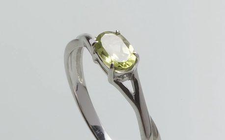Stříbrný prsten s olivínem PK072