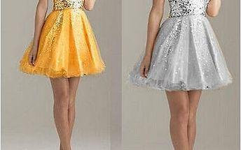 Nepřehlédnutelné zlaté a stříbrné šaty
