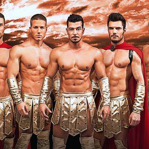 Žhavé striptýzové vystoupení Hot Men Dance
