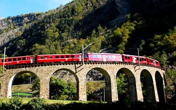 Švýcarská železnice panoramatickým vlakem tratí UNESCO se zastávkou v Lichtenštejnsku, Švýcarsko, Chur, 4 dní, Autobus, Snídaně, Neznámé, sleva 0 %