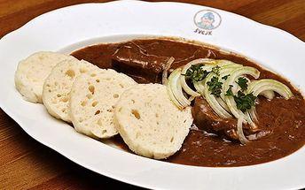 Výborný gulášek v Restauraci Švejk v Praze