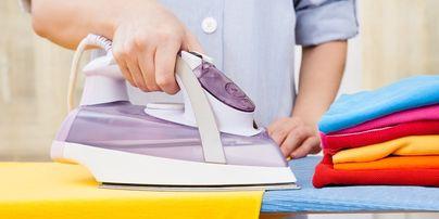 Praní, žehlení a mandlování prádla.