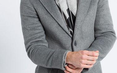 Review - Kabát