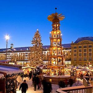 Jednodenní zájezd na vánoční nákupy do Drážďan na nejoblíbenější trhy v Německu.