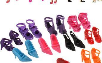 10 párů bot pro panenky