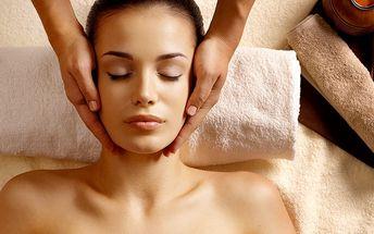 Indická masáž hlavy s relaxační masáží zad