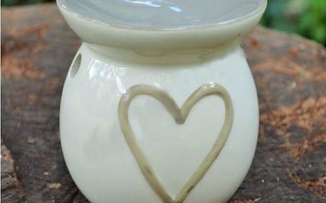 Aromalampa s namalovaným srdcem