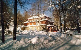 Pohodová zimní dovolená v Krkonoších na 3 až 6 dní pro dva s polopenzí v Horské chatě Ozon