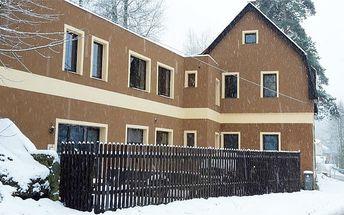 3–8denní pobyt s wellness pro 2 + 2 děti v Albrechticích v Horské chatě V Zatáčce