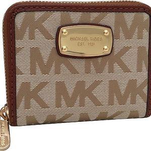 Michael Kors Elegantní peněženka Jet Set Item Wallet Beige Multi