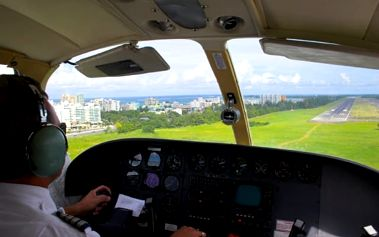 Exkluzivní řízení letadla na zkoušku v Ústeckém kraji