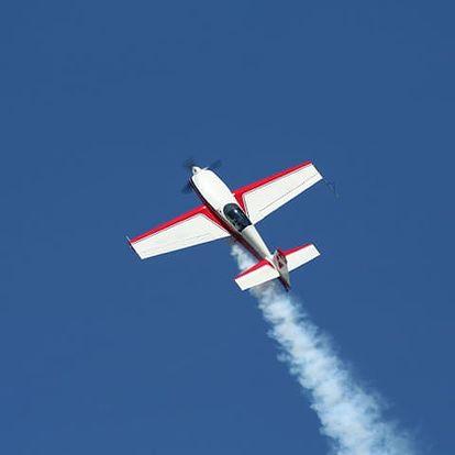 Akrobatický let ve Středočeském kraji