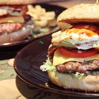 Dva skvělé burgery s porcí hranolek v Elektře