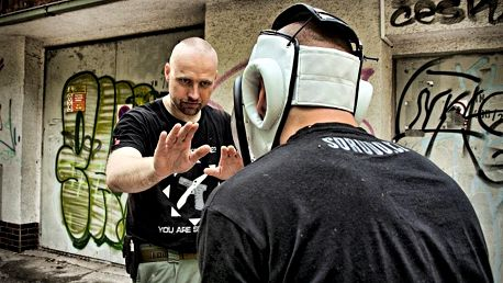 Kurz sebeobrany v Praze