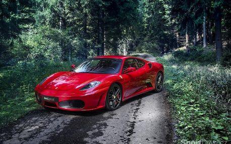 Jízda ve Ferrari 458 ve Středočeském kraji