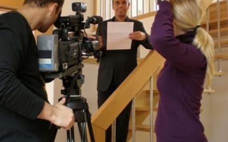 Staňte se televizním reportérem či moderátorem