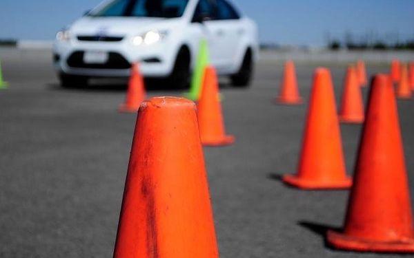 Zábavný kurz bezpečné jízdy