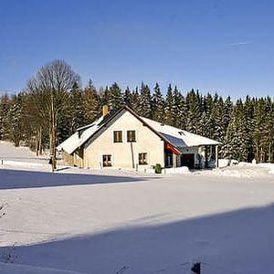 3 nebo 4 dny na Šumavě s polopenzí v penzionu Selská chalupa přímo u lyžařského centra Zadov