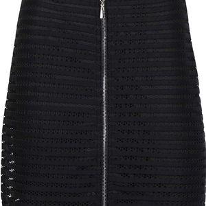Černá krajková sukně na zip Apricot