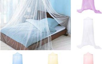 Závěs nad postel - mix barev