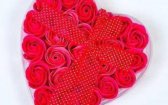 Mýdlové květy růže 24ks - červené