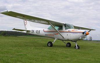 Pilotem na zkoušku nebo vyhlídkový let pro 2 osoby v délce až 40 minut na letišti v Příbrami