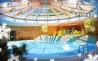 Dudince s vyhřívaným bazénem a masáží