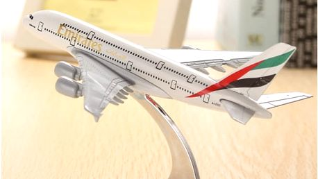 Model letadla - A380 Emirates