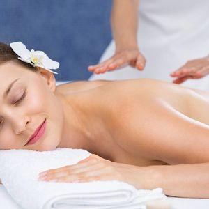 90minutová relaxační masáž se zábalem